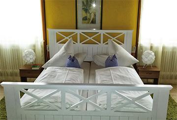 Ferienwohnungen In Grainau Landhaus Steinbrech Schlafzimmer 10 Qm